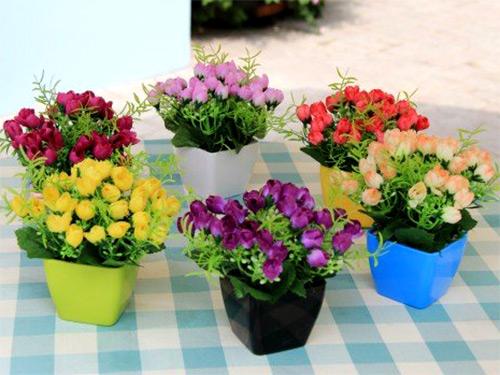 пластиковые цветочные горшки и кашпо - plastikovye tsvetochnye gorshki i kashpo