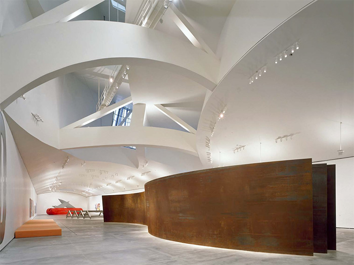 музей Гуггенхайма в Бильбао внутри - Guggenheim Museum Bilbao