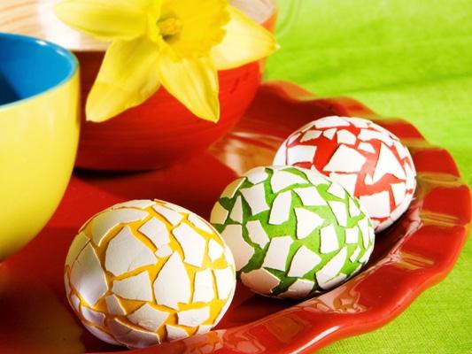 пасхальные яйца, украшенные мозаикой - paskhalnye yaytsa, ukrashennye mozaikoy